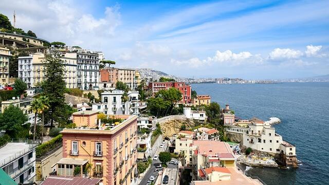 Naples-Enjoy place